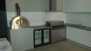 white extra clear splashback